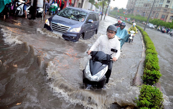 Flooded Saigon - what are the causes?, social news, vietnamnet bridge, english news, Vietnam news, news Vietnam, vietnamnet news, Vietnam net news, Vietnam latest news, vn news, Vietnam breaking news