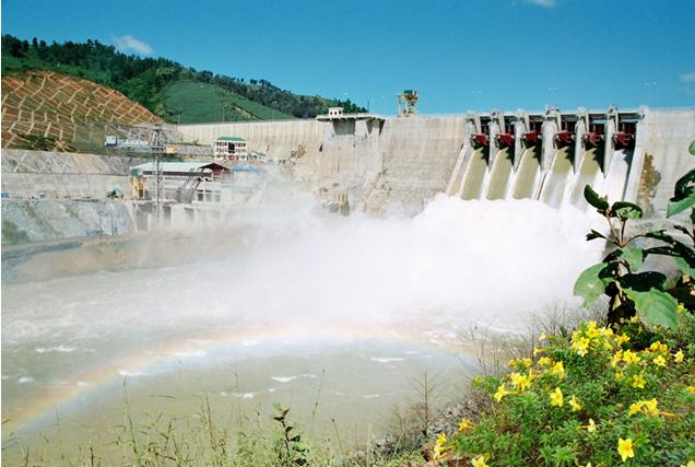 """Hydropower plants or """"hydropower bombs""""?"""