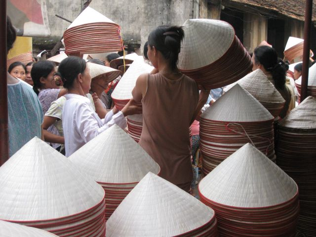 The market of Chuong conical hat village