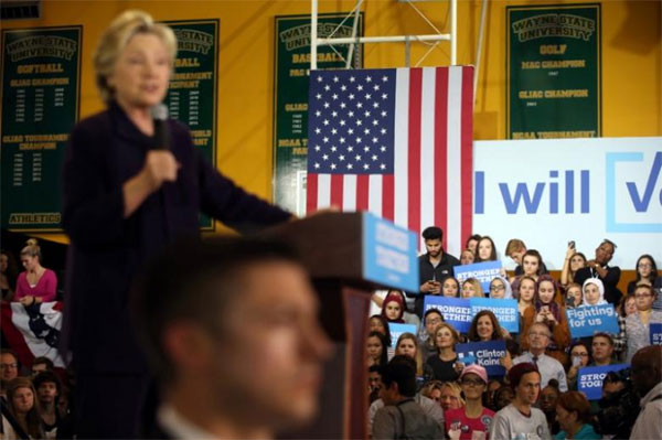 A new worry for Clinton: Trump's struggles may depress Democratic voter turnout