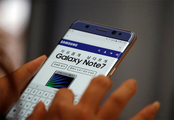 Samsung Electronics vows mobile rebound, dangles buyback after Note 7 shock