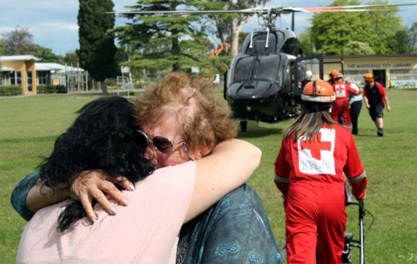 New Zealand quake evacuees get food, shelter, wifi in Christchurch
