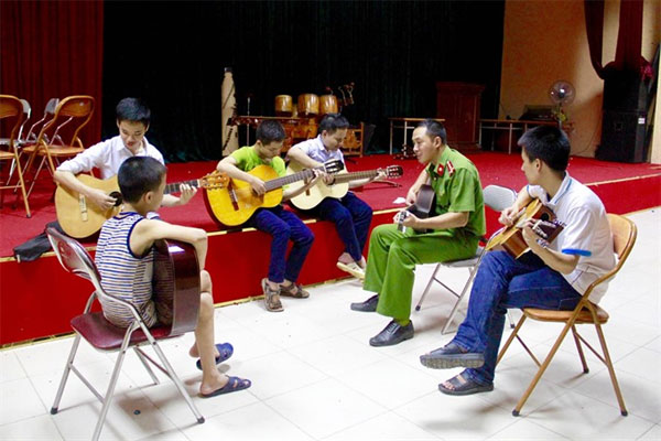 Nguyen Dinh Chieu Blind School, musical classes, autistic students, Vietnam economy, Vietnamnet bridge, English news about Vietnam, Vietnam news, news about Vietnam, English news, Vietnamnet news, latest news on Vietnam, Vietnam