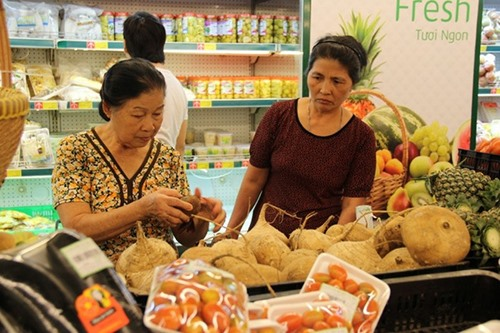 Ben Tre coconut value chain shared in Italy, Grab to pay drivers' taxes soon, IFC and Loc Troi join forces in sustainable rice farming, Kazakhstan wants to cooperate with Vietnam in railway sector