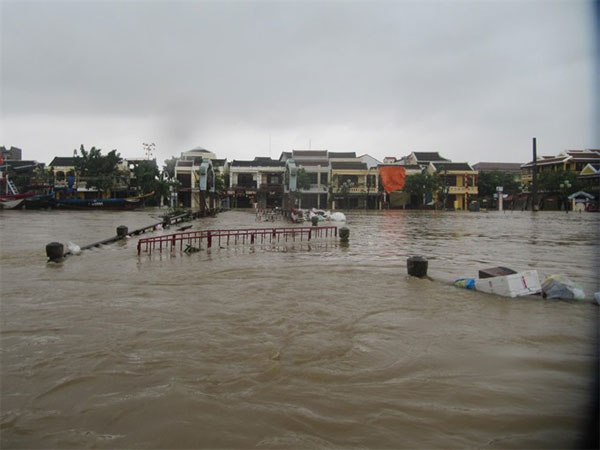 Hoi An, serious flooding, Vietnam economy, Vietnamnet bridge, English news about Vietnam, Vietnam news, news about Vietnam, English news, Vietnamnet news, latest news on Vietnam, Vietnam