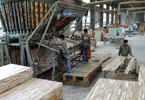 Vietnam wood processing faces materials shortage, vietnam economy, business news, vn news, vietnamnet bridge, english news, Vietnam news, news Vietnam, vietnamnet news, vn news, Vietnam net news, Vietnam latest news, Vietnam breaking news