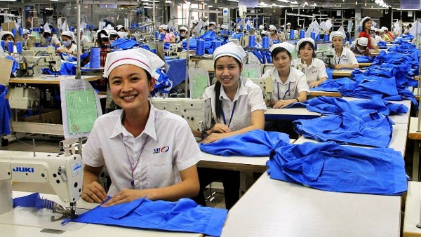 Textile sector, cheap labour, challenge, Vietnam economy, Vietnamnet bridge, English news about Vietnam, Vietnam news, news about Vietnam, English news, Vietnamnet news, latest news on Vietnam, Vietnam