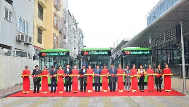 Hanoi officially launches rapid buses, social news, vietnamnet bridge, english news, Vietnam news, news Vietnam, vietnamnet news, Vietnam net news, Vietnam latest news, vn news, Vietnam breaking news