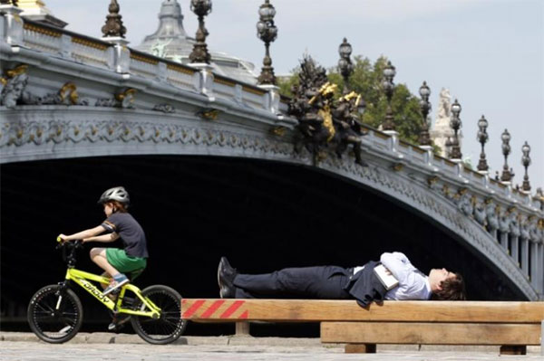 Paris, cycling infrastructure, 'year of the bike'