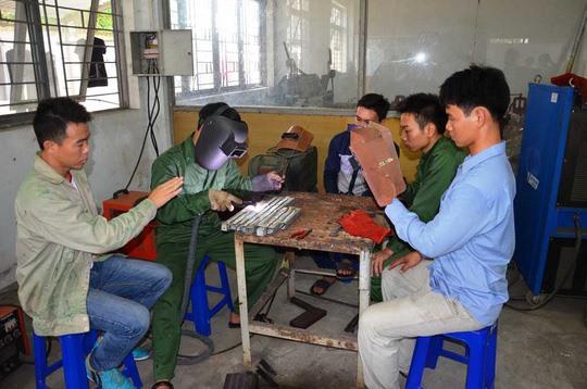 Vietnam's vocational schools need autonomy