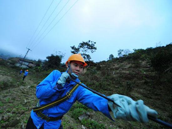 Vietnam's internet relies on mainland cable via China