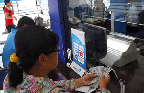 HCMC banks, attract overseas remittances, Vietnam economy, Vietnamnet bridge, English news about Vietnam, Vietnam news, news about Vietnam, English news, Vietnamnet news, latest news on Vietnam, Vietnam