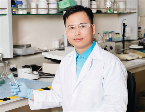 Vietnamese expert says protein can used to kill tumors in cancer patients