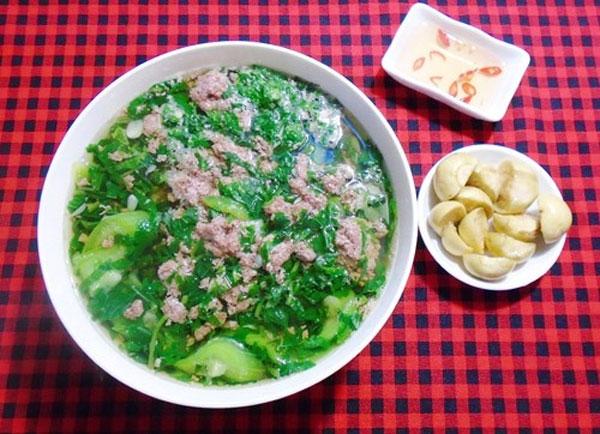 Hai Phong, crab soup, Banh da cua,  Vietnam economy, Vietnamnet bridge, English news about Vietnam, Vietnam news, news about Vietnam, English news, Vietnamnet news, latest news on Vietnam, Vietnam