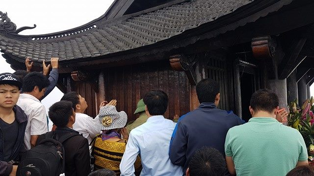 Ministry staff found visiting pagoda during work hours, social news, vietnamnet bridge, english news, Vietnam news, news Vietnam, vietnamnet news, Vietnam net news, Vietnam latest news, vn news, Vietnam breaking news