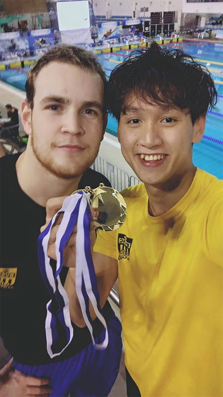 VN swimmer wins two golds at Portugal int'l event