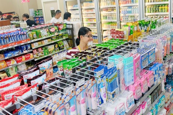 Convenience store business grows attractive to foreign retailers, vietnam economy, business news, vn news, vietnamnet bridge, english news, Vietnam news, news Vietnam, vietnamnet news, vn news, Vietnam net news, Vietnam latest news, Vietnam breaking news