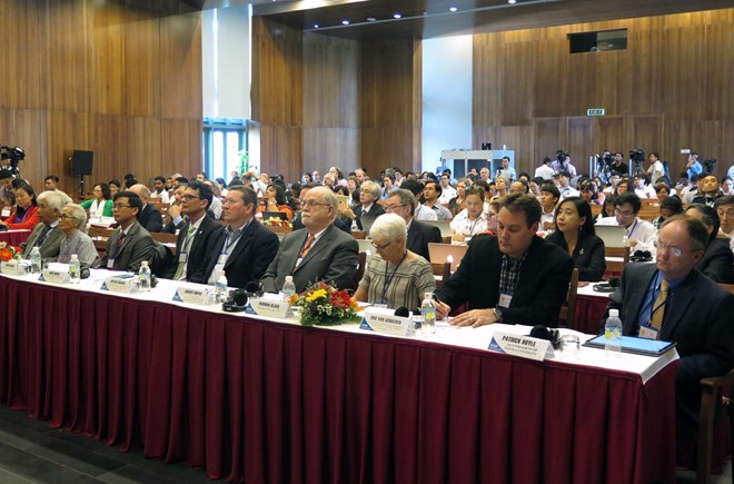 Conference gathers int'l scientists to address pollution