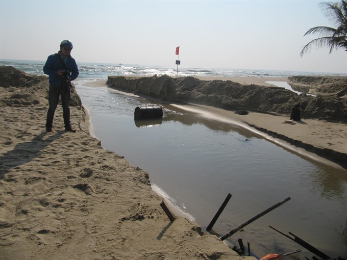 Erosion encroaches beach of Da Nang, environmental news, sci-tech news, vietnamnet bridge, english news, Vietnam news, news Vietnam, vietnamnet news, Vietnam net news, Vietnam latest news, Vietnam breaking news, vn news