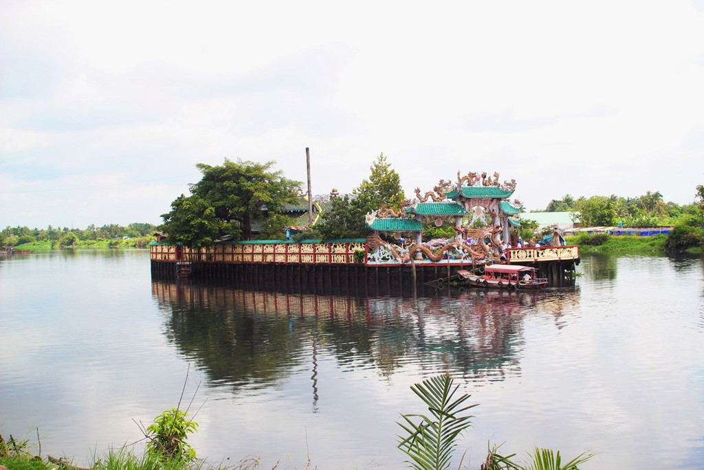 The temple on Saigon River islet