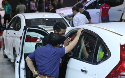 Under-nine seat cars to have energy labels soon, vietnam economy, business news, vn news, vietnamnet bridge, english news, Vietnam news, news Vietnam, vietnamnet news, vn news, Vietnam net news, Vietnam latest news, Vietnam breaking news