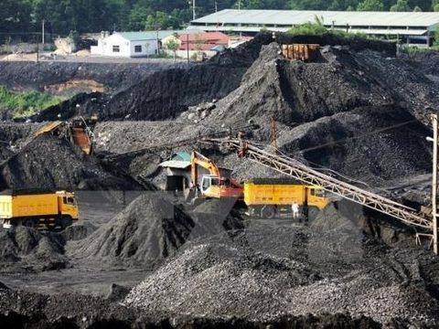 Vietnam's coal struggles against imports