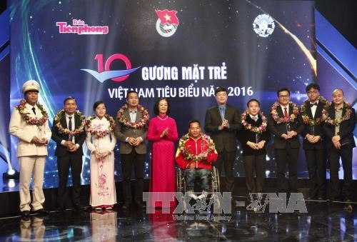2016 outstanding youths honoured, social news, vietnamnet bridge, english news, Vietnam news, news Vietnam, vietnamnet news, Vietnam net news, Vietnam latest news, vn news, Vietnam breaking news