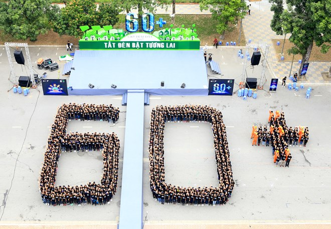Over 2,000 Vietnamese students respond to Earth Hour, social news, vietnamnet bridge, english news, Vietnam news, news Vietnam, vietnamnet news, Vietnam net news, Vietnam latest news, vn news, Vietnam breaking news