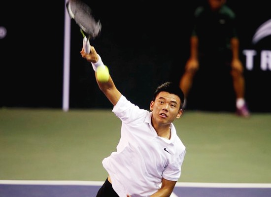 Ly Hoang Nam rises five steps in world tennis rankings