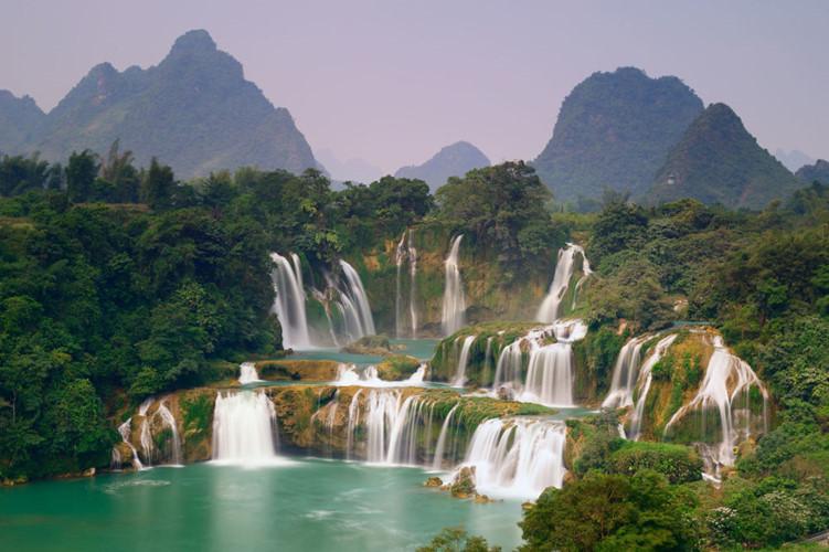 Ban Gioc among Earth's most beautiful waterfalls