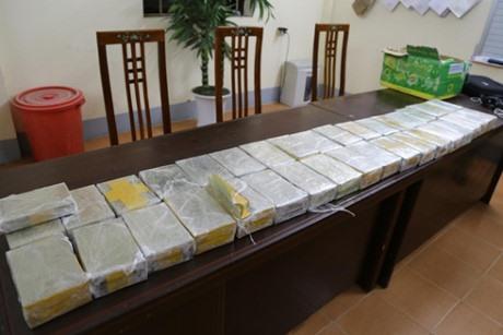 Man held in Lang Son with kilos of heroin