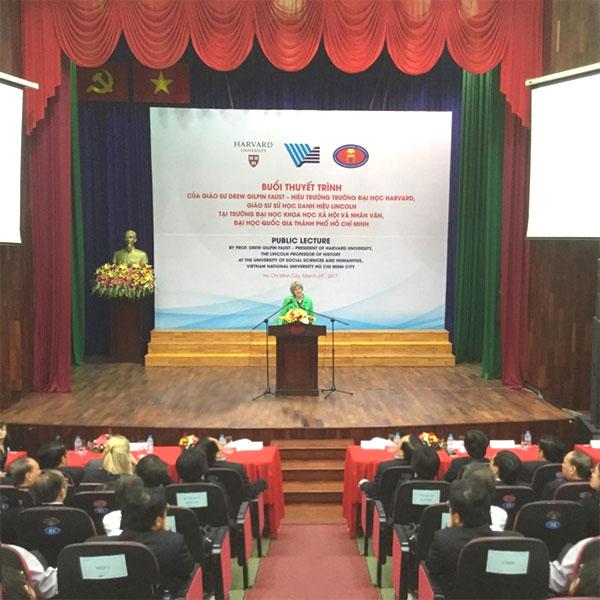 Harvard University expands co-operation with Vietnamese universities