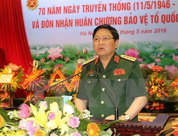 Cambodian military delegation welcomed in Hanoi