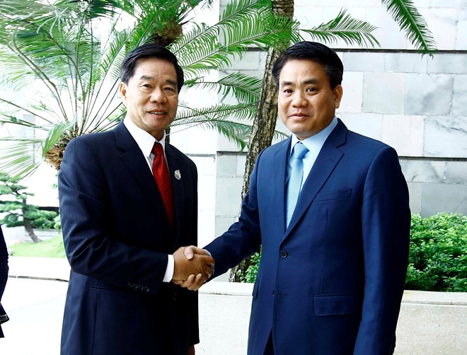 Hanoi shares administrative reform experience with Vientiane