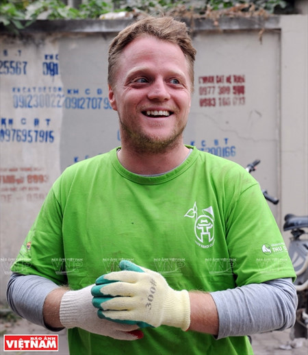 "James Joseph Kendall and the ""Keep Hanoi Clean"" mission, environmental news, sci-tech news, vietnamnet bridge, english news, Vietnam news, news Vietnam, vietnamnet news, Vietnam net news, Vietnam latest news, Vietnam breaking news, vn news"