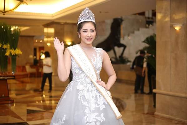 VND3.2 billion crown awaits Miss Ocean Vietnam 2017, entertainment events, entertainment news, entertainment activities, what's on, Vietnam culture, Vietnam tradition, vn news, Vietnam beauty, news Vietnam, Vietnam news, Vietnam net news, vietnamnet news,