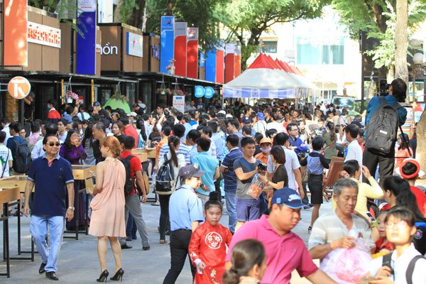 HCM City plans to open more book streets