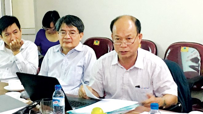 'Fake' professors select 'real' professors in VN
