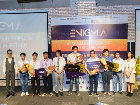 Three start-ups win blockchain contest in Vietnam