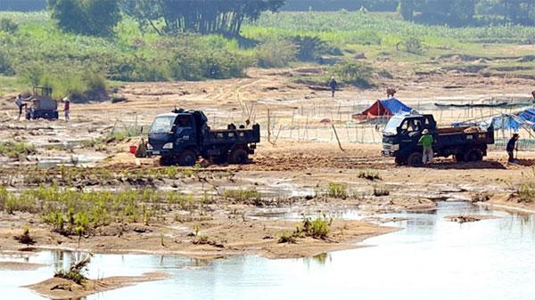 Titanium exploitation companies, stop operations, heavy erosion, Vietnam economy, Vietnamnet bridge, English news about Vietnam, Vietnam news, news about Vietnam, English news, Vietnamnet news, latest news on Vietnam, Vietnam