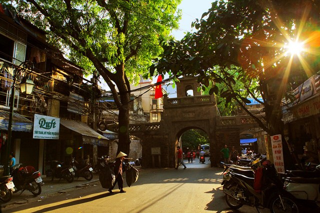 Discover the special features of Hanoi Old Quarter