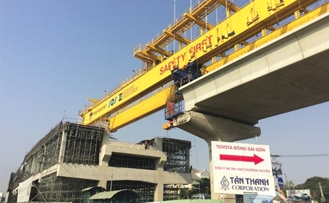 Private investors in infrastructure suffer disadvantages