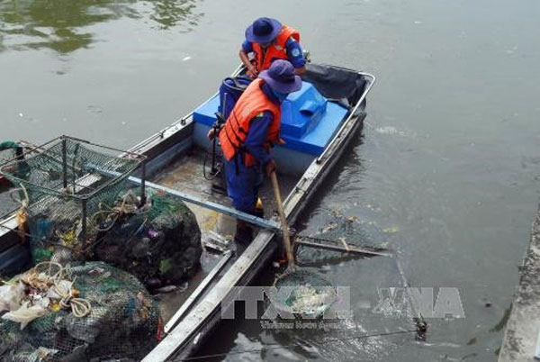 Sai Gon River, reduce fish deaths, reduce the pollution, Vietnam economy, Vietnamnet bridge, English news about Vietnam, Vietnam news, news about Vietnam, English news, Vietnamnet news, latest news on Vietnam, Vietnam