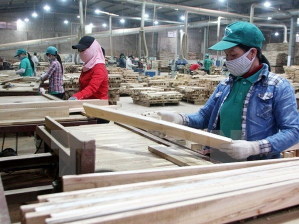 Vietnam's wood exports surge 17.1 percent in Q1, vietnam economy, business news, vn news, vietnamnet bridge, english news, Vietnam news, news Vietnam, vietnamnet news, vn news, Vietnam net news, Vietnam latest news, Vietnam reaking news