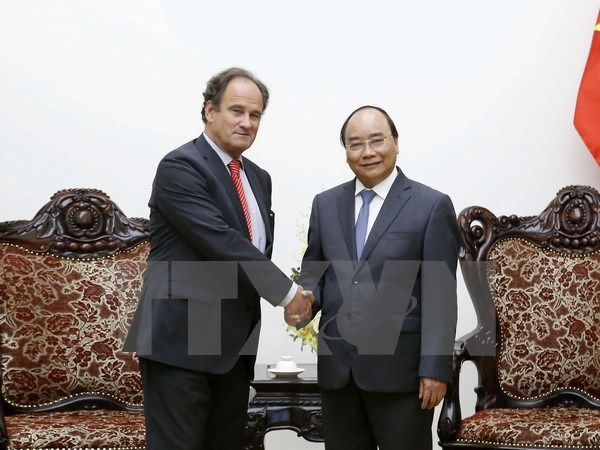 Government leader hosts PCA Secretary-General in Hanoi