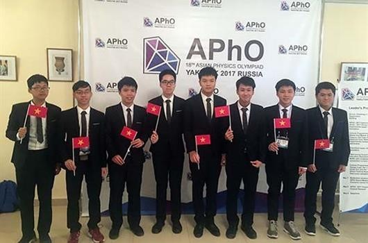 Vietnamese students shine at Asian Physics Olympiad 2017, social news, vietnamnet bridge, english news, Vietnam news, news Vietnam, vietnamnet news, Vietnam net news, Vietnam latest news, vn news, Vietnam breaking news