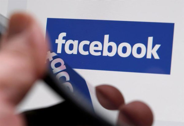 Facebook to play down links to websites with deceptive ads
