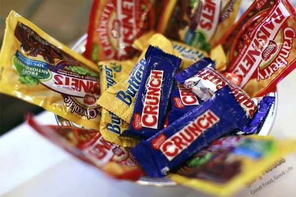 Candymakers, U.S., reduce calories