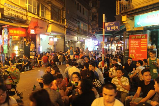 Top tours in Hanoi, hanoi travel, hanoi destinations. travel news, Vietnam guide, Vietnam airlines, Vietnam tour, tour Vietnam, Hanoi, ho chi minh city, Saigon, travelling to Vietnam, Vietnam travelling, Vietnam travel, vn news