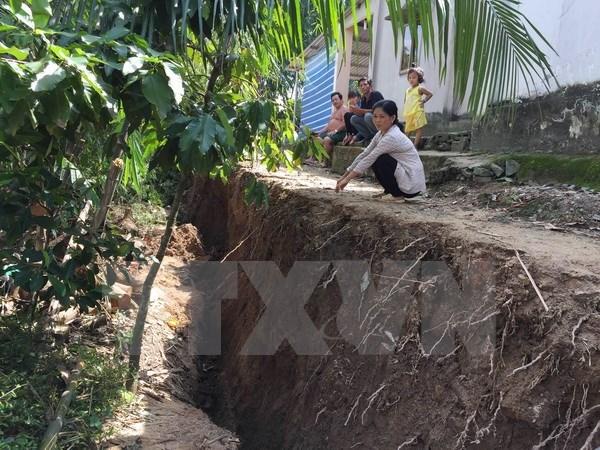 Deputy PM urges Mekong Delta to set forth scenarios for landslide response, environmental news, sci-tech news, vietnamnet bridge, english news, Vietnam news, news Vietnam, vietnamnet news, Vietnam net news, Vietnam latest news, Vietnam breaking news, vn
